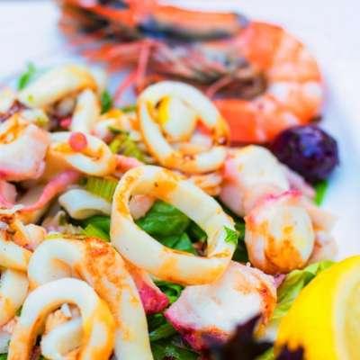 This Orange and Calamari Salad is Just Divine