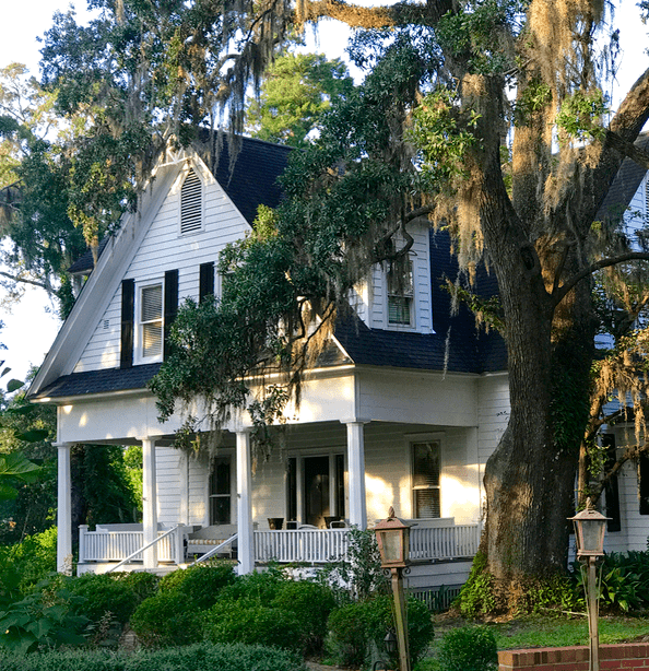 Lovely historic homes and a few ghost stories in Conway, South Carolina