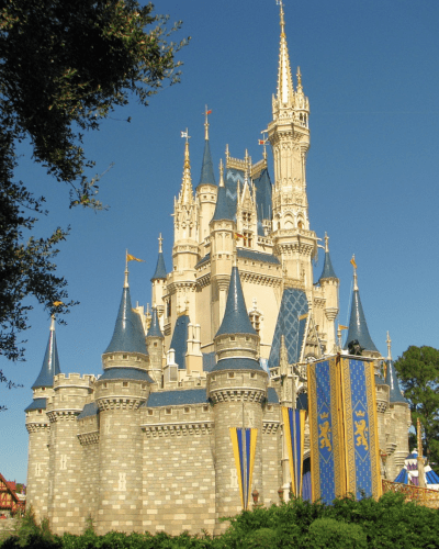 Save Money with These Awesome Disney Dining Deals