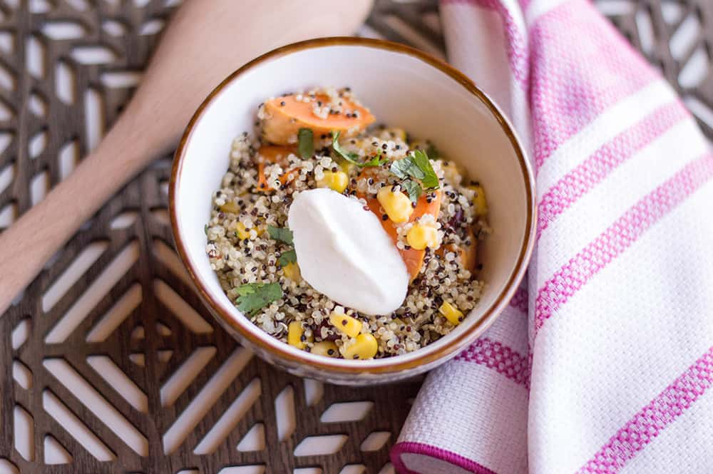 Looking for a great quinoa bowl that it packed with nutrition for a healthy diet? You just try this recipe! #quinoa #sweetpotato #bowl #healthydiet