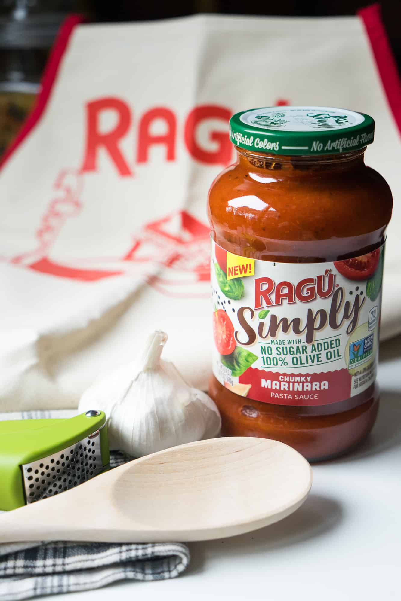 Jar of simply ragu pasta sauce