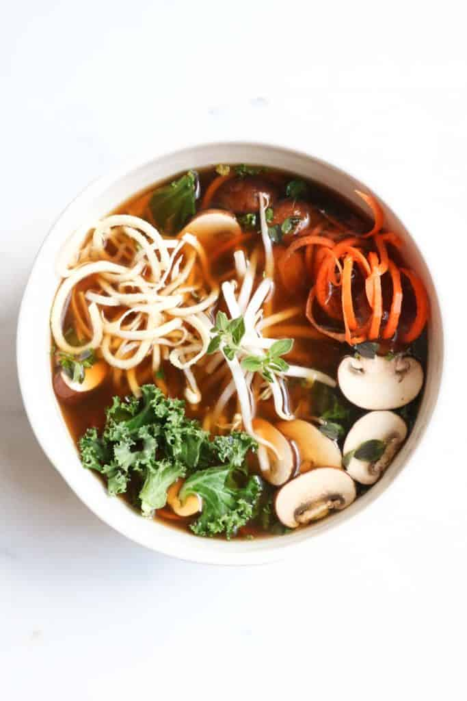 Detoxifying broth bowls with veggie noodles