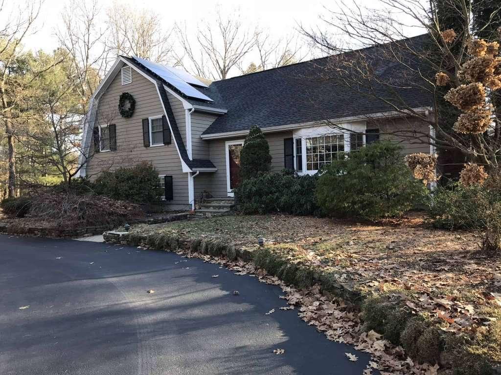 photo of suburban home