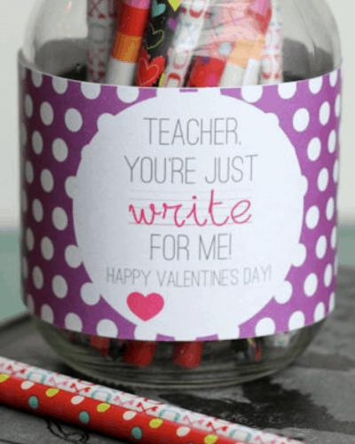 Cute mason jar valentine gift