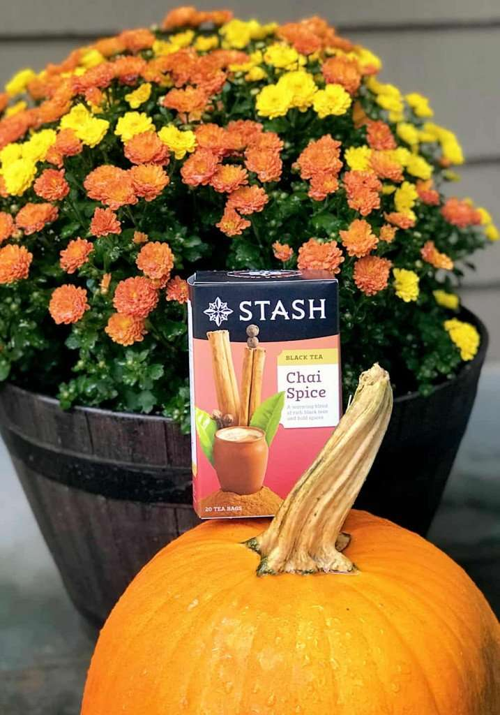 pumpkin, flowers and chai spice tea