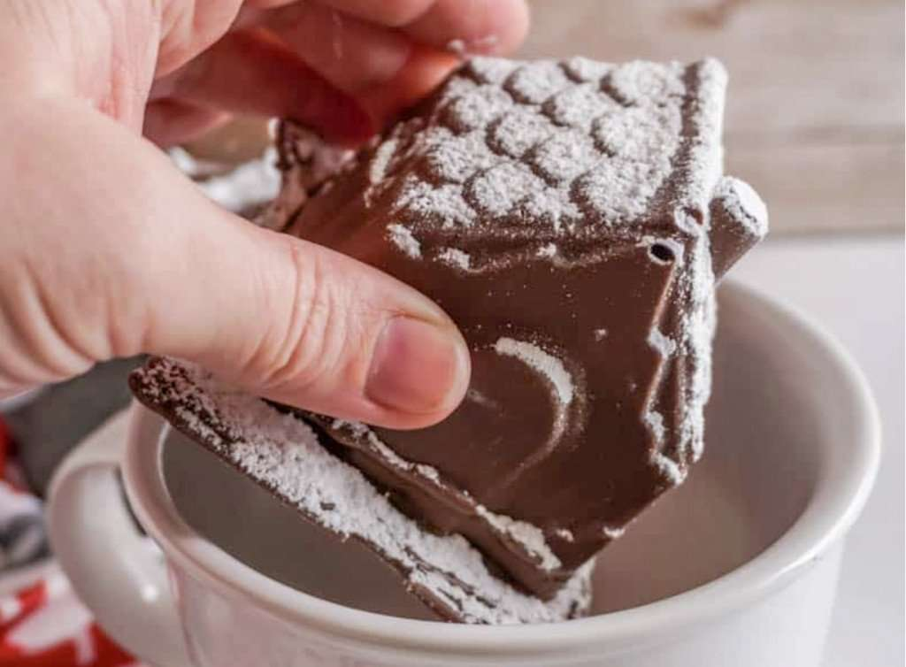 gingerbread house hot chocolate bomb